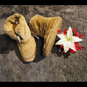 Joe Boxer Faux Fur Slipper Boots